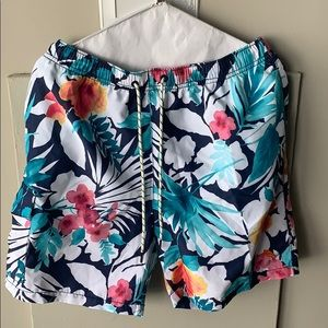 Men's unworn swim trunks